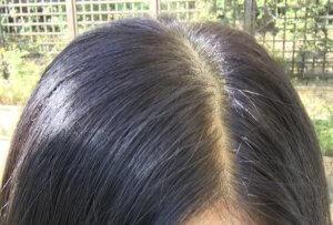 50代女性 白髪染め ヘナ染め 染め方 染め上がりの髪色